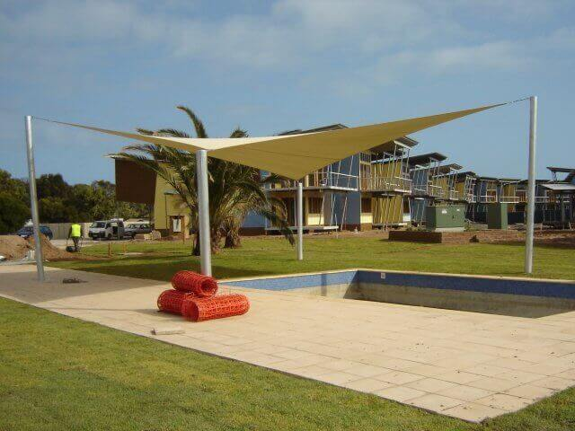 uv -  sail shade -   uv